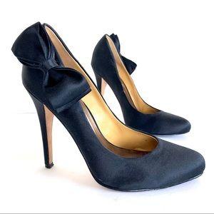 Badgley Mischka Black Satin Bow Stiletto Pumps